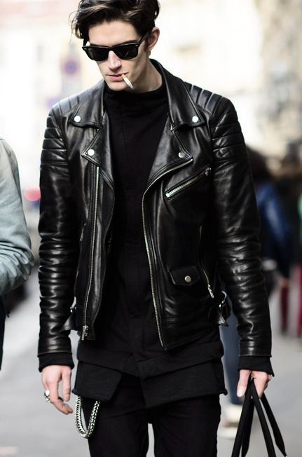 Biker jacket with shoulder zips